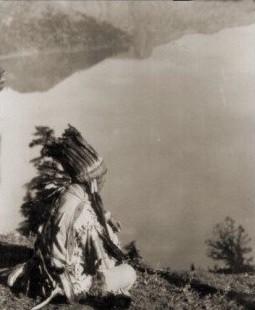 Chef Klamath près du lac